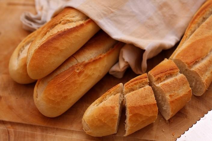 Crostini Con Crema Di Tartufo Bianco E Porcini